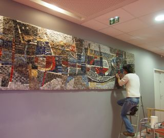Removal of a mosaic made on asbestos